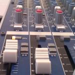 Getting-A-Good-Studio-Mix-Mixing-Desk-Image